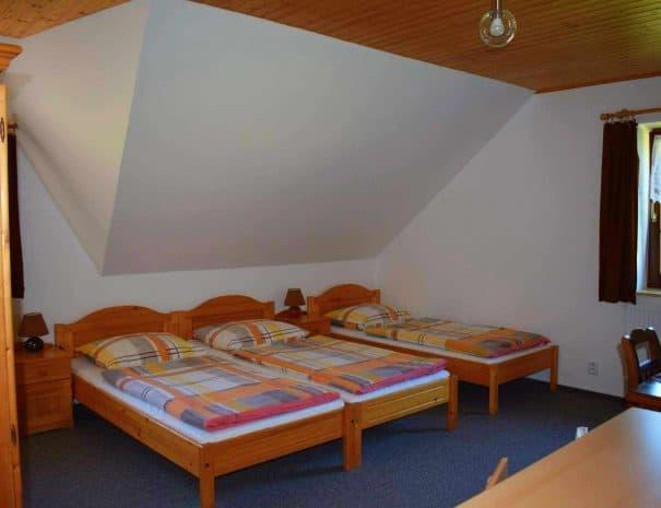pokoj c 3 triluzkovy